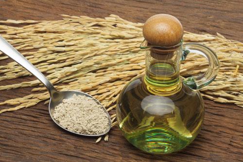 Dùng dầu cám gạo…